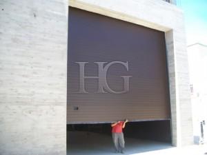 puertas de garaje grandes dimensiones