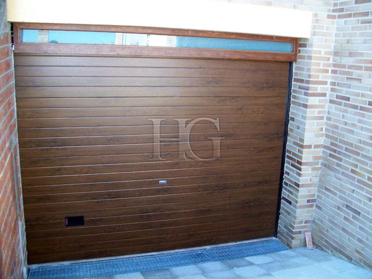 Potencia motor puerta de garaje