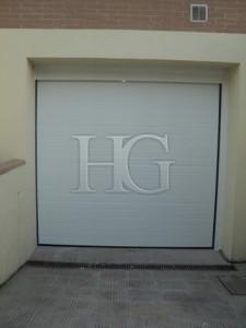 puerta seccional motorizada madrid