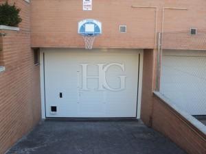 puerta de garaje particular