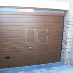 puerta de garaje imitación madera
